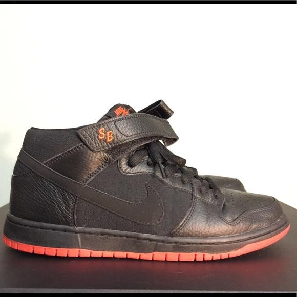 hot sale online 86d29 e0944 Men's 10 Nike Dunk Sb Mid Halloween